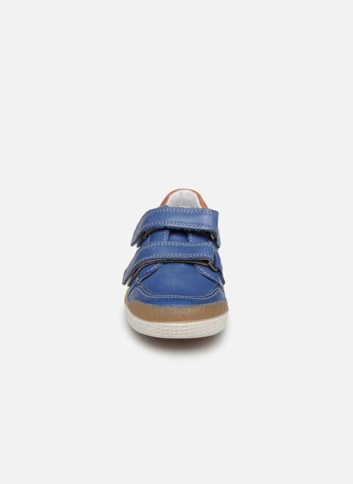 Baskets Babybotte Amac Bleu vue portées chaussures