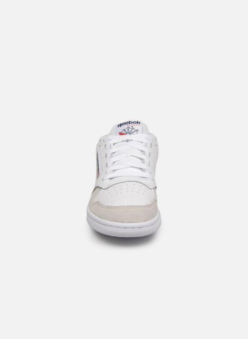 Baskets Reebok Act 300 Mu W Blanc vue portées chaussures