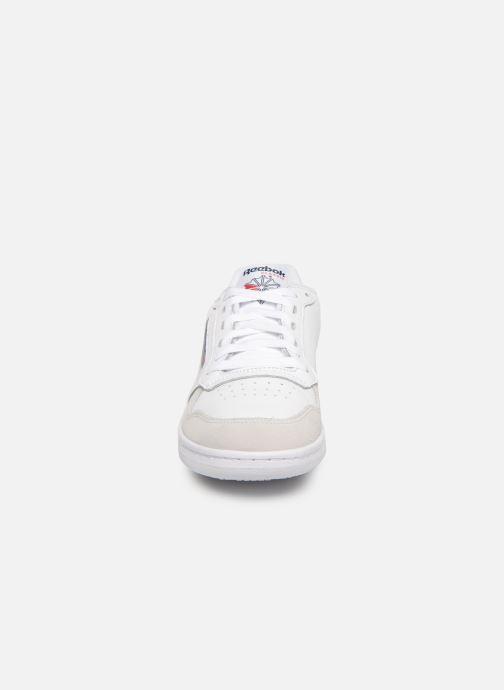 Sneaker Reebok Act 300 Mu weiß schuhe getragen