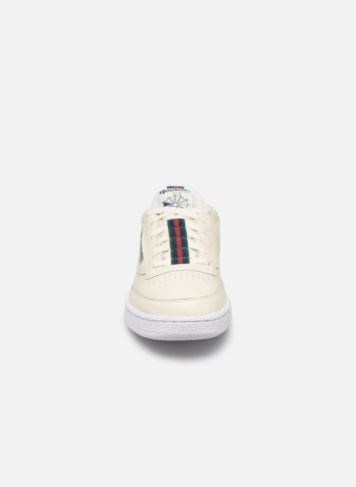 Baskets Reebok Club C 85 Mu M Blanc vue portées chaussures