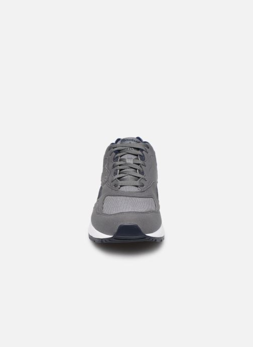 Baskets Reebok Bolton Essential Mu Gris vue portées chaussures