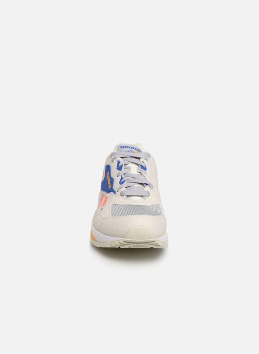 Baskets Reebok Bolton Essential Mu Blanc vue portées chaussures