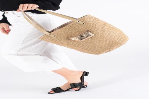 Handväskor Craie PETIT POLOCHON Beige bild från under