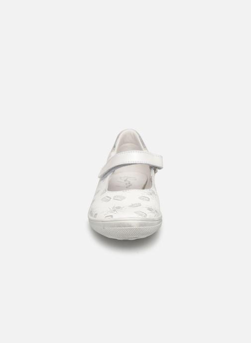 Ballerines Bopy Saluna Blanc vue portées chaussures