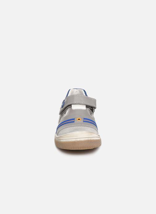 Ballerines Bopy Villiam Gris vue portées chaussures