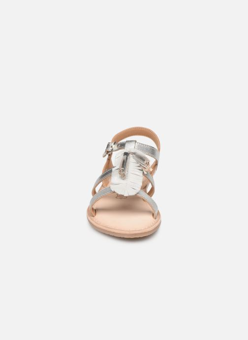 Sandales et nu-pieds Bopy Fitna Lilybellule Argent vue portées chaussures