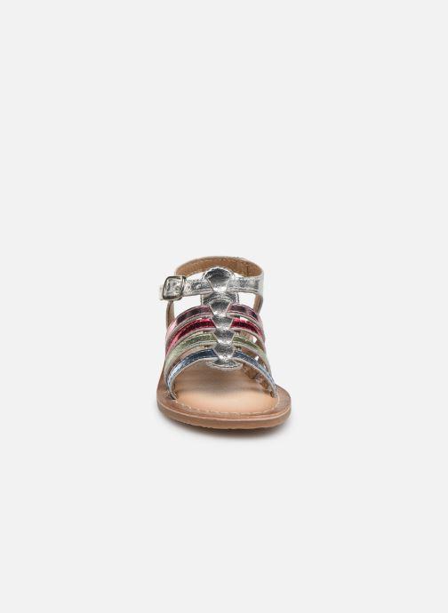 Sandales et nu-pieds Bopy Fripona Kouki Argent vue portées chaussures