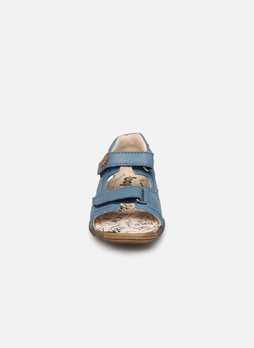 Sandales et nu-pieds Bopy Bedison Bleu vue portées chaussures