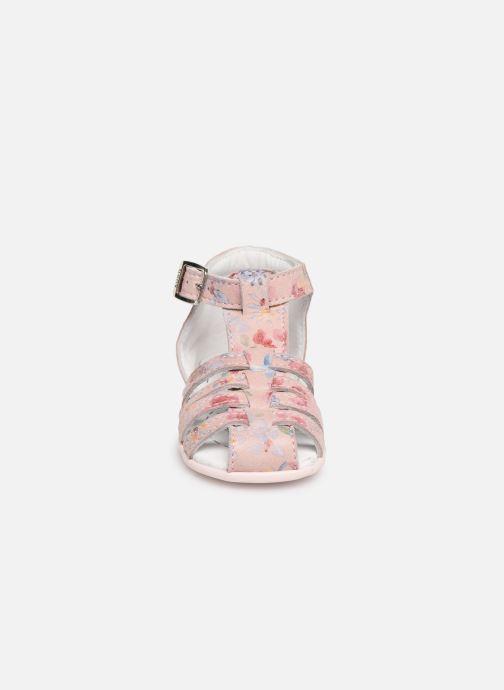 Sandales et nu-pieds Bopy Pafleur Rose vue portées chaussures