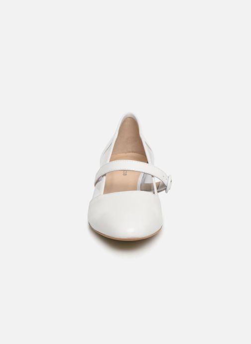 Ballerines Georgia Rose Taplexa Blanc vue portées chaussures