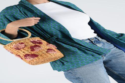 Handtaschen Gioseppo ROSOLINA beige ansicht von unten / tasche getragen