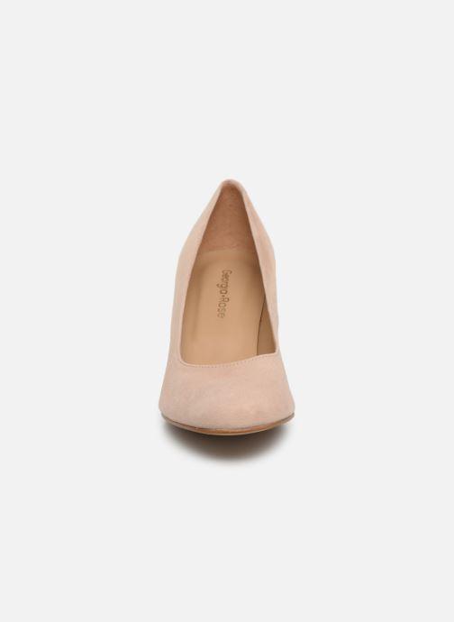Zapatos de tacón Georgia Rose Teana Beige vista del modelo