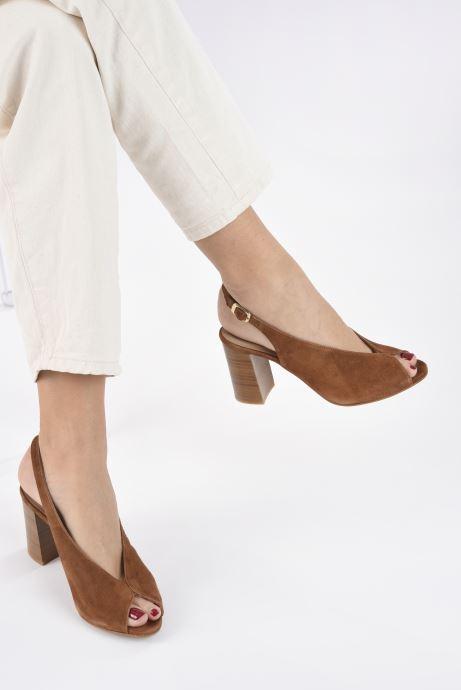 Sandales et nu-pieds Georgia Rose Taminela Marron vue bas / vue portée sac