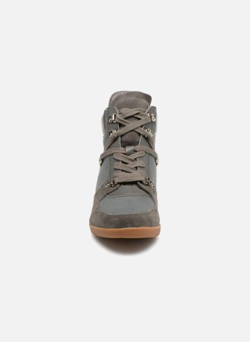 Baskets Shoe the bear Emmy Hike Gris vue portées chaussures