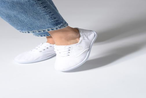 Trainers Kaporal Desma White view from underneath / model view