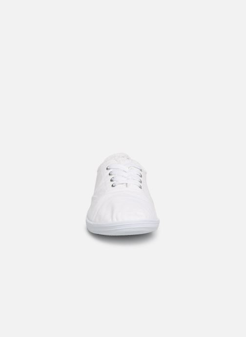 Baskets Kaporal Desma Blanc vue portées chaussures