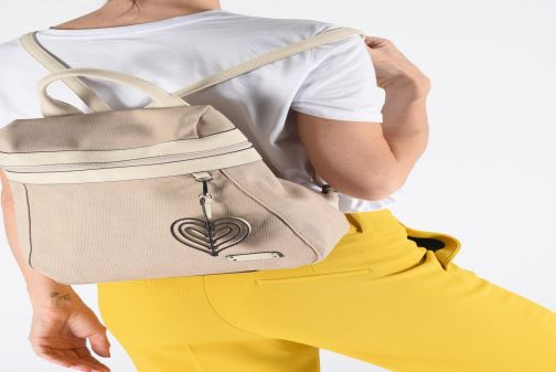 Sacs à dos Tamaris Adina Backpack Beige vue bas / vue portée sac