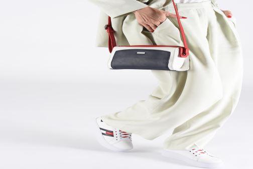 Sacs à main Tamaris Elsa Crossbody Bag S Multicolore vue bas / vue portée sac