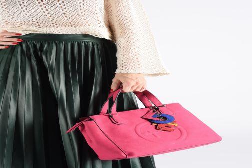 Handtaschen Tamaris Fee Handbag rosa ansicht von unten / tasche getragen