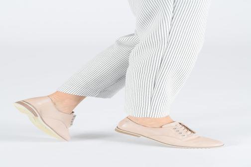 Chaussures à lacets Tamaris Constanze Beige vue bas / vue portée sac