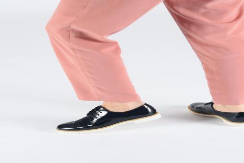 Chaussures à lacets Tamaris Dorothea Bleu vue bas / vue portée sac