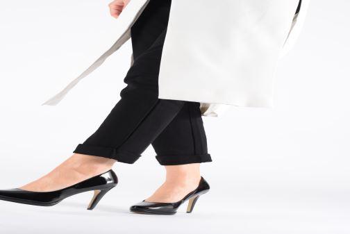 Zapatos de tacón Tamaris Hilda Negro vista de abajo