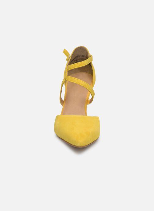Escarpins Tamaris Lydia Jaune vue portées chaussures