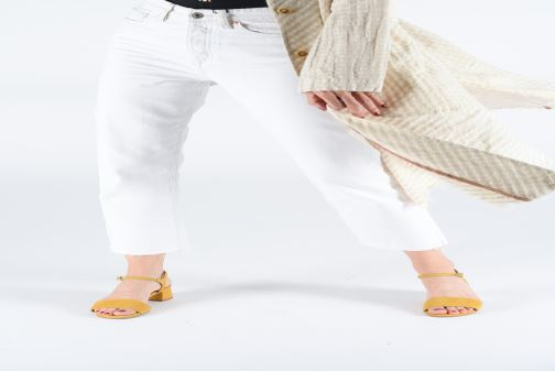 Sandals Gioseppo 49044 Yellow view from underneath / model view