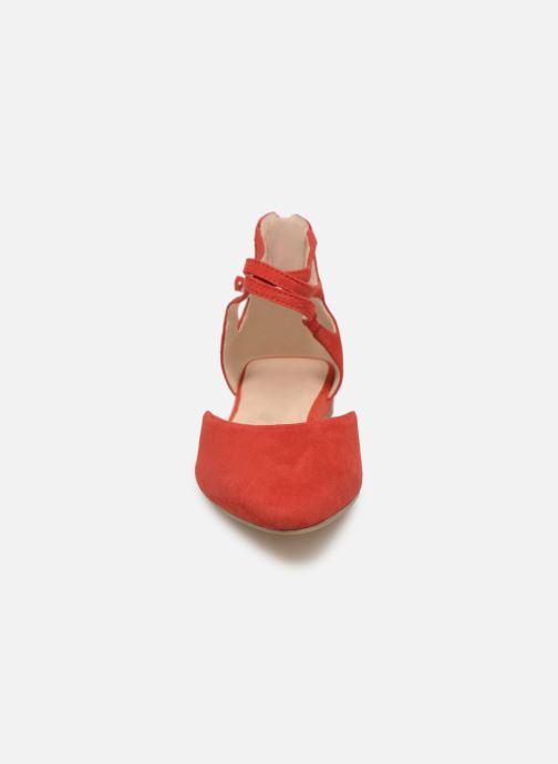 Ballerines Tamaris Annemary Rouge vue portées chaussures