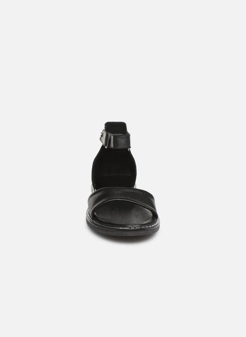 Sandales et nu-pieds Tamaris Catalina Noir vue portées chaussures