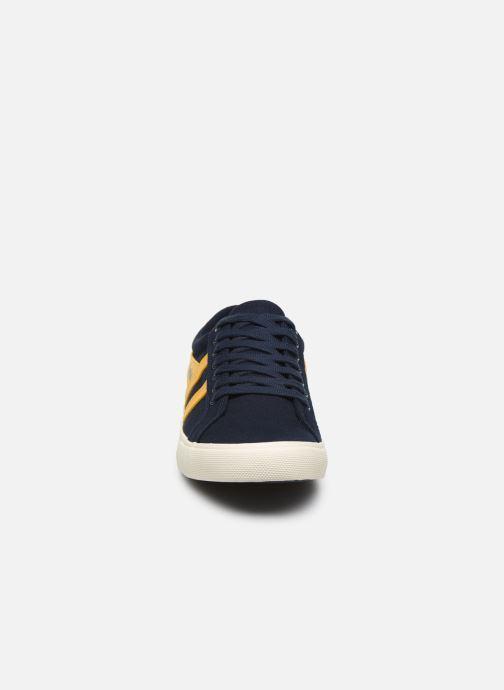 Baskets Gola Varsity Bleu vue portées chaussures