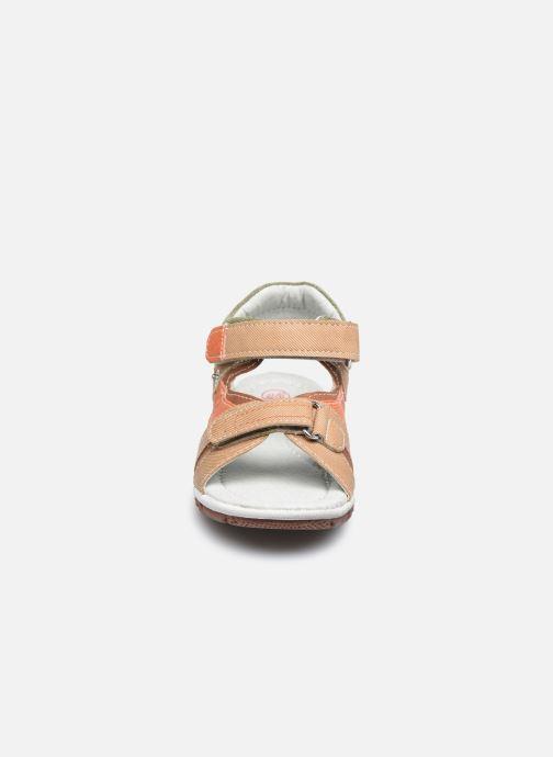 Sandales et nu-pieds NA! Adeliso Beige vue portées chaussures