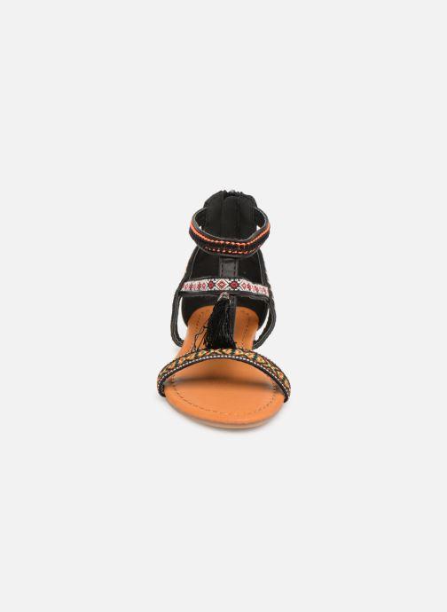 Sandales et nu-pieds NA! Sari Noir vue portées chaussures