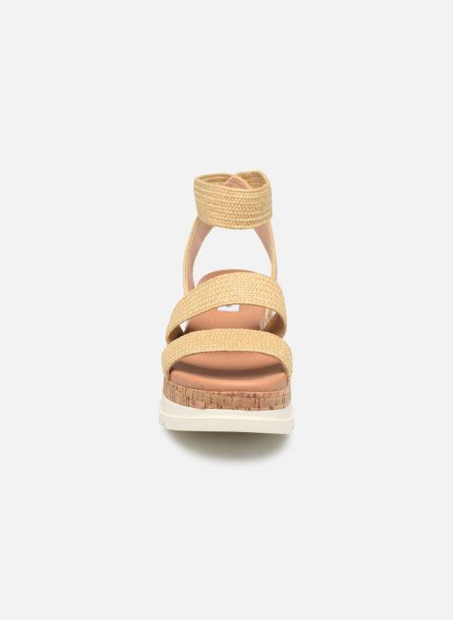 Sandales et nu-pieds Steve Madden BANDI Beige vue portées chaussures