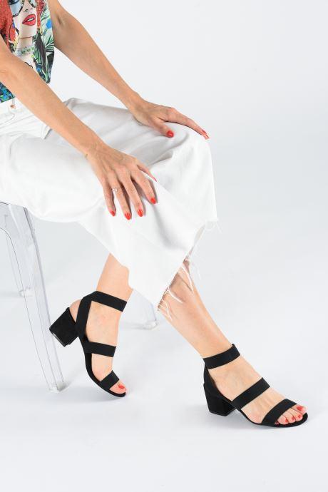 Sandales et nu-pieds Steve Madden ISOLATE Noir vue bas / vue portée sac