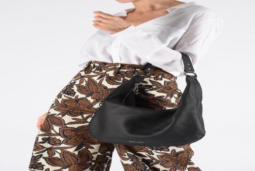Bolsos de mano Rebecca Minkoff NEW REBECCA HOBO PEBBLE Blanco vista de abajo
