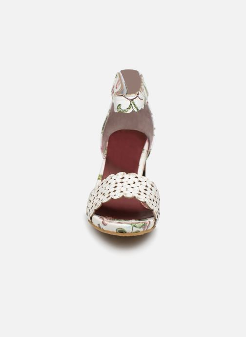 Sandali e scarpe aperte Laura Vita CELESTE 41 Bianco modello indossato