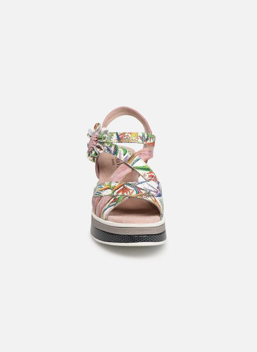 Sandali e scarpe aperte Laura Vita DADDY 039 Rosa modello indossato