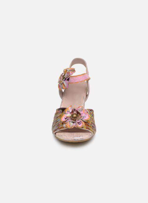 Sandali e scarpe aperte Laura Vita FANTASME 04 Rosa modello indossato