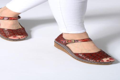Sandales et nu-pieds Laura Vita FACSCINEO 03 Rouge vue bas / vue portée sac