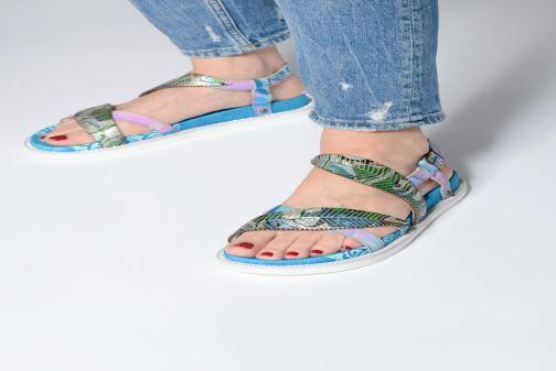 Sandales et nu-pieds Laura Vita FAUCON 11 Bleu vue bas / vue portée sac