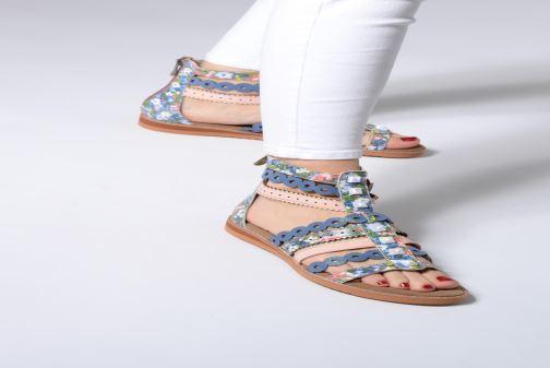 Sandali e scarpe aperte Laura Vita FELICIE 06 Azzurro immagine dal basso