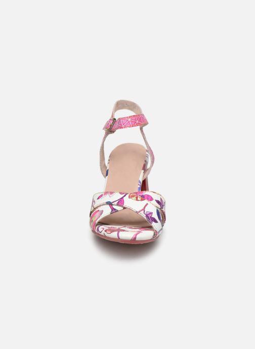 Sandales et nu-pieds Laura Vita FIDJI 01 Violet vue portées chaussures