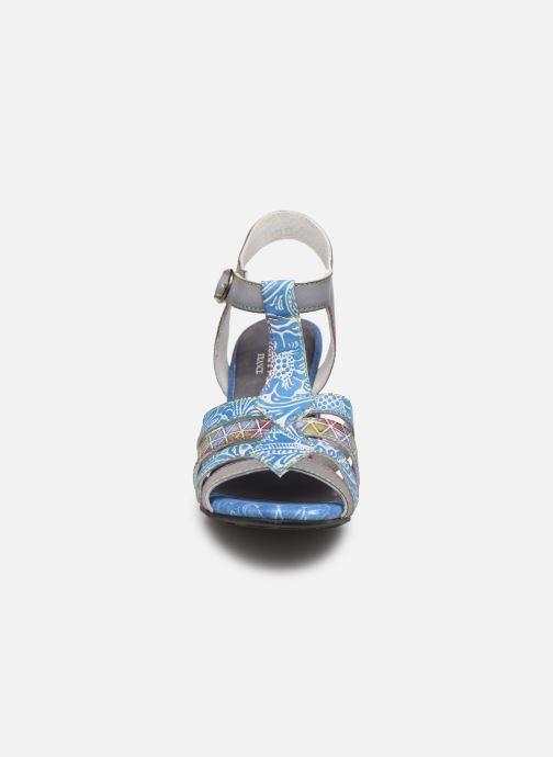 Sandales et nu-pieds Laura Vita FIJI 02 Bleu vue portées chaussures
