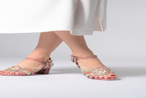 Sandals Laura Vita FLORIE 05 Red view from underneath / model view