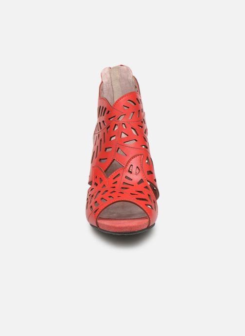 Sandales et nu-pieds Laura Vita ALCBANEO 0493 Rouge vue portées chaussures