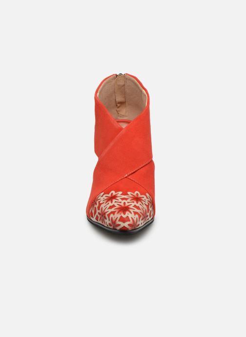 Bottines et boots Laura Vita EDCIKAO 05 Rouge vue portées chaussures
