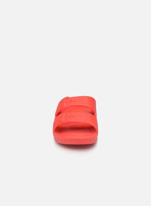 Sandales et nu-pieds MOSES Basic E Rouge vue portées chaussures