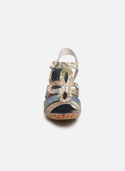 Sandales et nu-pieds Laura Vita Alcbaneo 209 Bleu vue portées chaussures