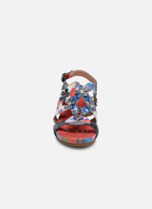 Sandali e scarpe aperte Laura Vita Benoit 11 Rosso modello indossato